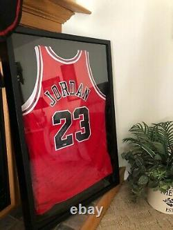 Michael Jordan Uda Upper Deck Authentifié Autograph Jersey