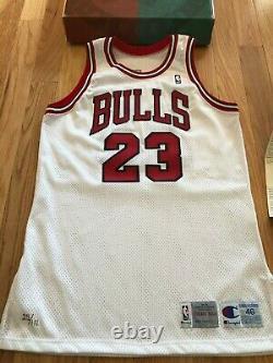 Michael Jordan Uda Upper Deck Signé Autograph 11/1/94 Jersey De Retraite 25/111