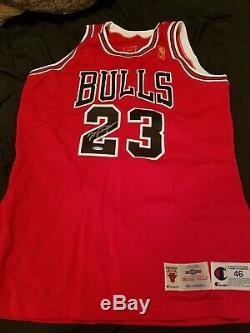 Michael Jordan Uda Upper Deck Signé Champion Autograph Jeu Jersey Publié 96-97