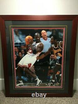 Michael Jordan Vs Kobe Bryant Uda Upper Deck 16x20 Double Auto Signé #77/200 Coa