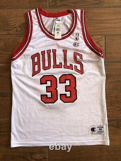 Scottie Pippen Signé Jersey Uda Chicago Bulls White Champion Upper Deck Encadré