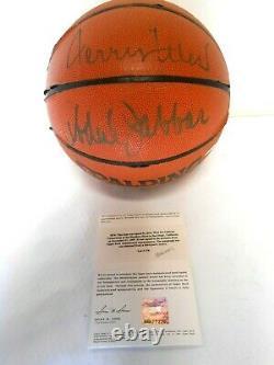 Uda Jerry West Kareem & Abdul Jabbar Autographié Basketball Signé La Lakers Hof