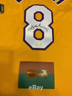 Uda Kobe Bryant Lakers Signé Nike Los Angeles # 8 Jeu D'or Jersey Nouveau