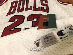 Uda Michael Jordan Nba Chicago Bulls Autographié Cut Pro Jersey Upper Deck